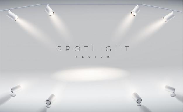 Regola i faretti in modo realistico con un palcoscenico luminoso a luce bianca brillante.