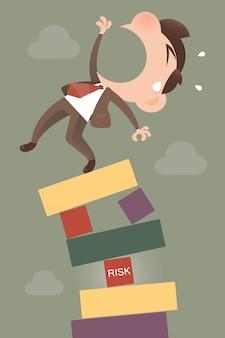 Responsabile del rischio in piedi in alto