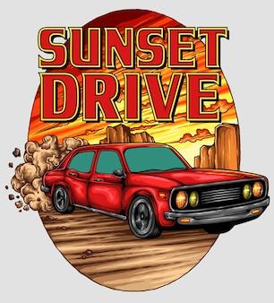 Retro automobile d'annata sulla montagna con il fondo di tramonto