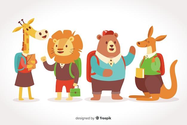 Ritorno a scuola collezione di animali su sfondo sfumato