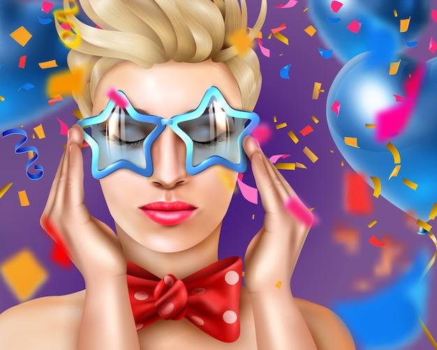 Ritratto di donna con accessori di carnevale e occhiali a forma di stella, in una festa