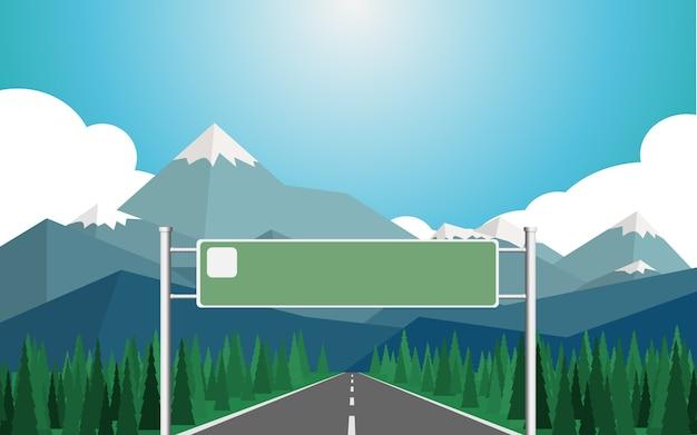 Road board con spazio vuoto per testo o foto con sfondo di catena montuosa con snowi