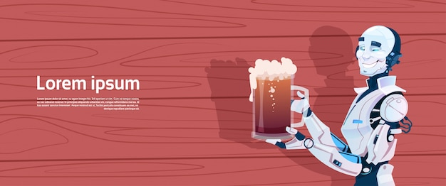 Robot moderno che tiene boccale di birra, tecnologia futuristica del meccanismo di intelligenza artificiale