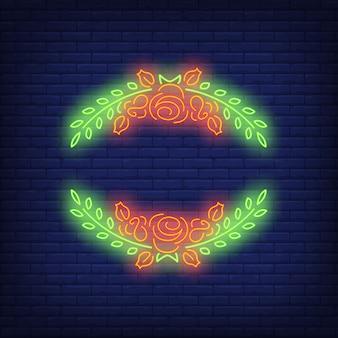 Rose cornice al neon