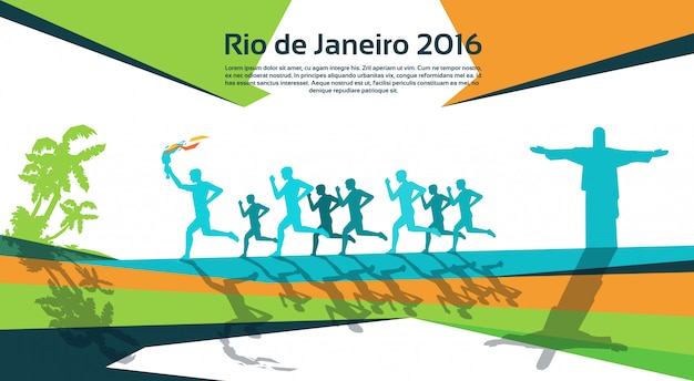 Running atleta group with fire torch