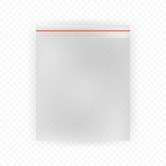 Sacchetti di plastica realistici su fondo bianco