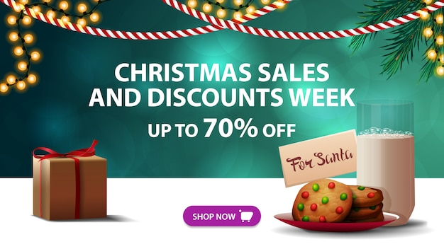 Saldi natalizi e settimana scontata, fino al 70% di sconto, banner sconto verde, ghirlande e biscotti con un bicchiere di latte per babbo natale