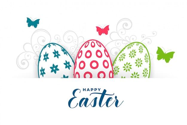 Saluto fittizio felice di pasqua con le uova e la farfalla