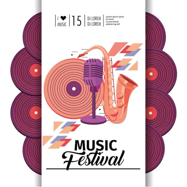 Sassofono con microfono e discoteca al festival musicale