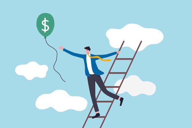 Scala del successo, raggiungimento di obiettivi finanziari o investitore alla ricerca di profitto e concetto di ritorno degli investimenti, uomo d'affari di successo salire la scala fino al cloud per catturare il pallone con soldi in dollari.