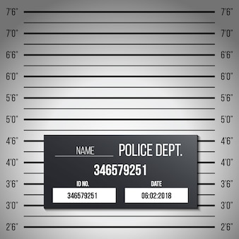 Scaletta di polizia, tavolo con foto segnaletiche, silhouette anonima
