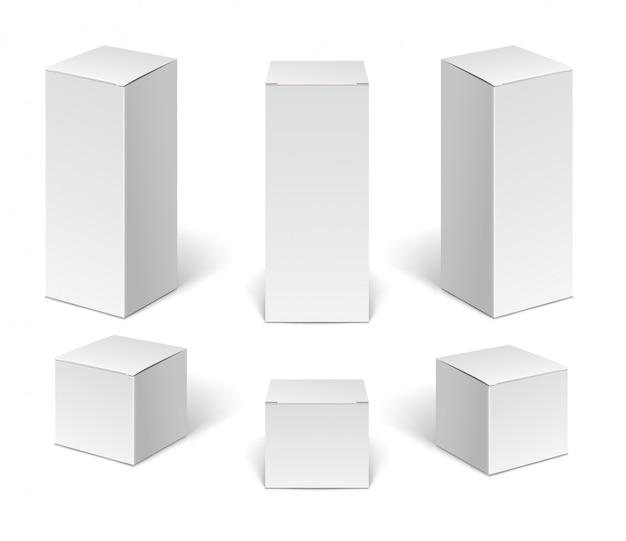 Scatole di cartone di carta bianca. set di contenitori verticali vuoti dispositivi cosmetici, medici ed elettronici isolati su priorità bassa bianca.