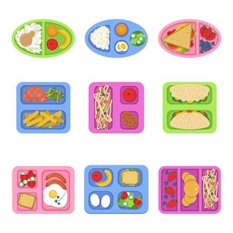 Scatole per il pranzo, contenitori per alimenti con pesce, panini con uova fresche a fette di frutta fresca per colazione per bambini, piatti s