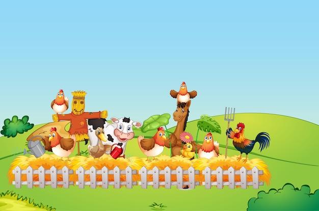 Scena dell'azienda agricola con fattoria degli animali e cielo vuoto