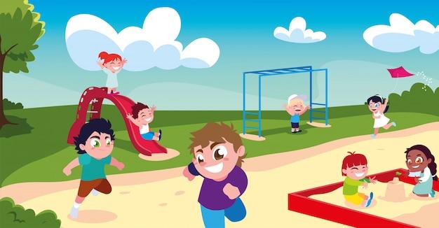 Scena di bambini che sorridono e che giocano nel parco