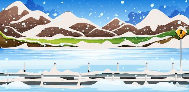 Scena di sfondo con neve sulle montagne