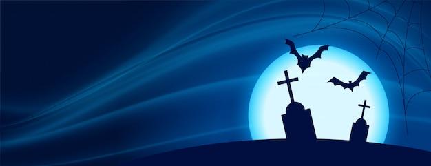 Scena spaventosa di notte di halloween con pipistrelli volanti e tomba