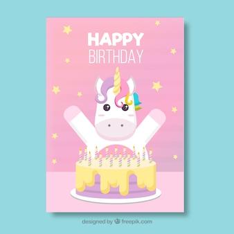 Scheda di buon compleanno con unicorno carino e torta