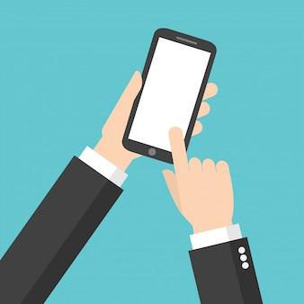 Schermo dello smart phone dello spazio in bianco di tocco della mano dell'uomo d'affari