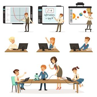 Scolari al set di lezioni di informatica e programmazione, bambini che lavorano su computer, apprendimento della robotica e illustrazioni di programmazione