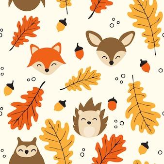 Seamless pattern di boschi con simpatici animali