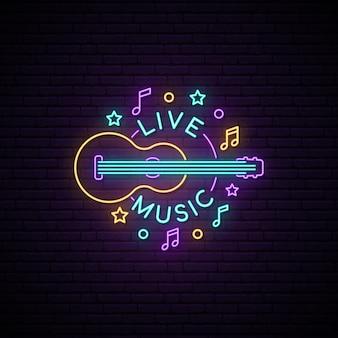 Segno di musica dal vivo al neon.