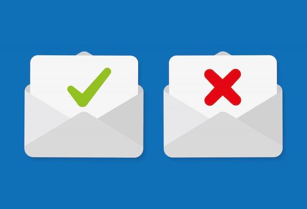 Segno di spunta nella busta della posta. email di conferma e rifiuto.