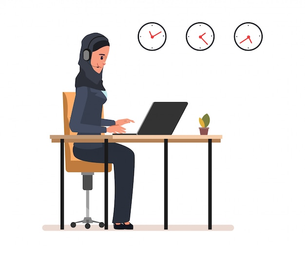 Servizio clienti online personale operativo musulmano e arabo.