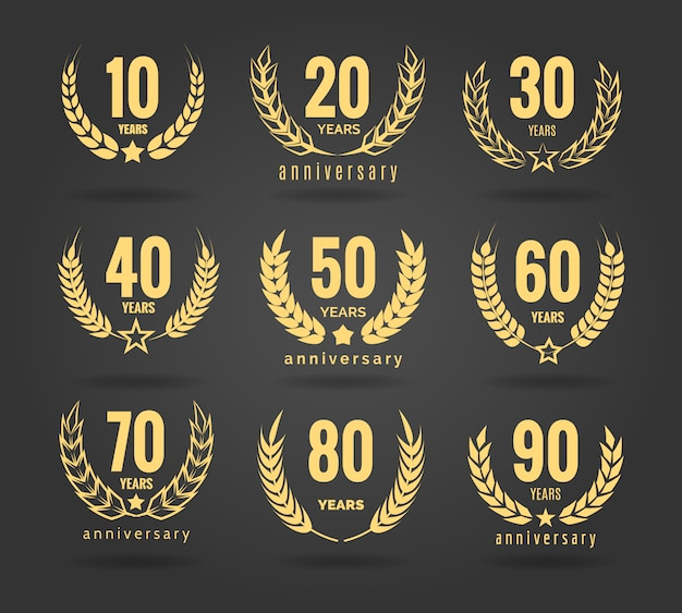 Set corona di anniversario