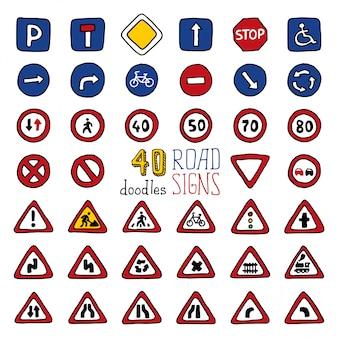 Set di 40 segnali stradali scarabocchi. icone disegnate a mano dei cartoni animati.