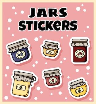 Set di adesivi barattoli di marmellata. collezione di etichette piatte in stile colorato