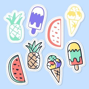Set di adesivi di gelato e frutta, spille, patch e raccolta manoscritta in stile cartoon.