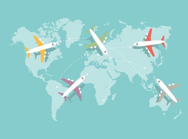 Set di aeroplani colorati che sorvolano la mappa del mondo blu