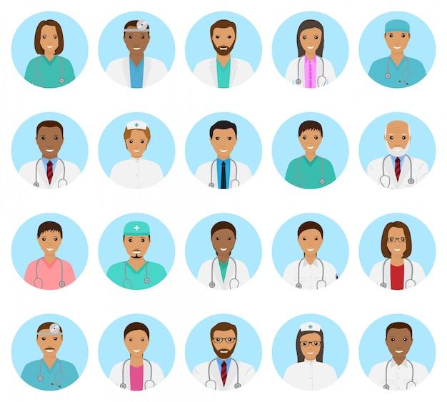 Set di avatar di personaggi di medici e infermieri. icone di persone mediche di volti su uno sfondo blu.