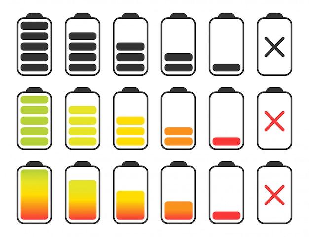 Set di batterie di carica diversa su bianco