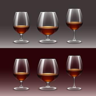 Set di bicchieri di vino su sfondo