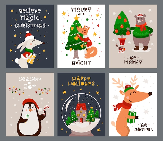 Set di cartoline di natale con animali della foresta e albero di natale.