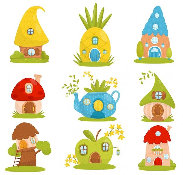 Set di casette carine, casa da favola fantasy per gnome, nani o elfi illustrazioni su uno sfondo bianco