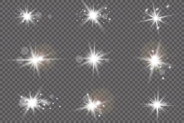 Set di effetti di luce trasparente bianco bagliore isolato, riflesso lente, esplosione, glitter, linea, raggio di sole, scintilla e stelle. disegno astratto dell'elemento di effetto speciale. raggio luminoso con lampo