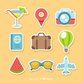 Set di elementi di viaggio colorato