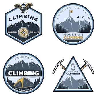 Set di emblemi di arrampicata in montagna colorati vintage