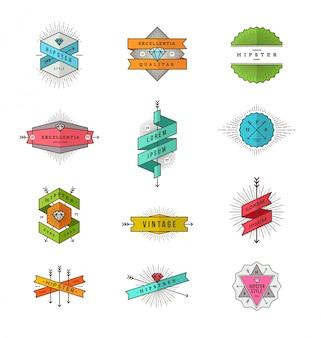 Set di emblemi e segni di linea hipster colorati