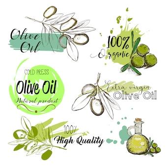 Set di etichette disegnate a mano e segni di olio d'oliva.