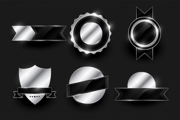 Set di etichette e distintivi d'argento lucidi