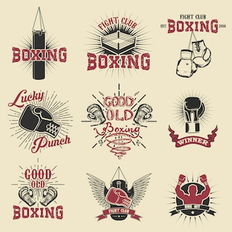 Set di etichette, emblemi ed elementi di design del club di boxe.
