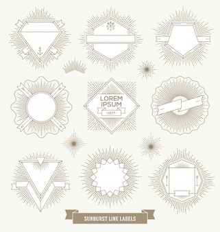 Set di etichette linea emblema, segno e hipster con raggi di sole