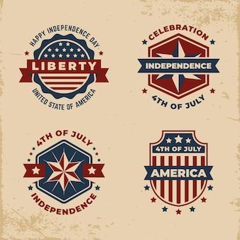 Set di etichette vintage giorno dell'indipendenza