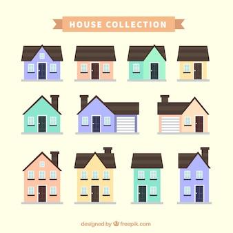 Set di facciate delle case in colori pastello