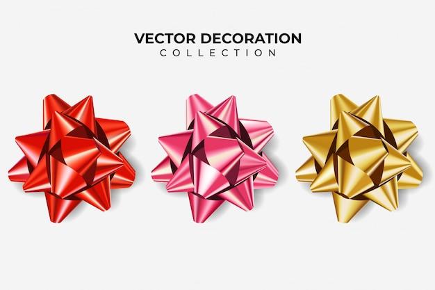 Set di fiocchi di colore rosso, rosa e oro metallizzato con ombra su sfondo bianco isolato. decorazione realistica per le vacanze