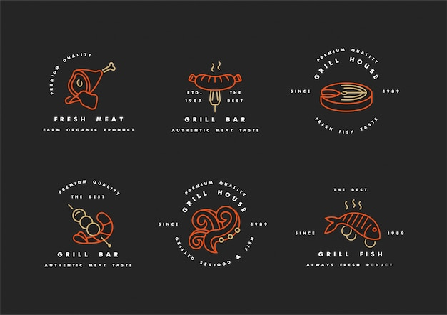 Set di golden con loghi rossi design e modelli per grill house. emblemi di carne o distintivi di bistecca, salsiccia. pesce e altri tipi di carne.